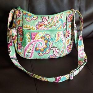 Vera Bradley Crossbody bag lots of pockets
